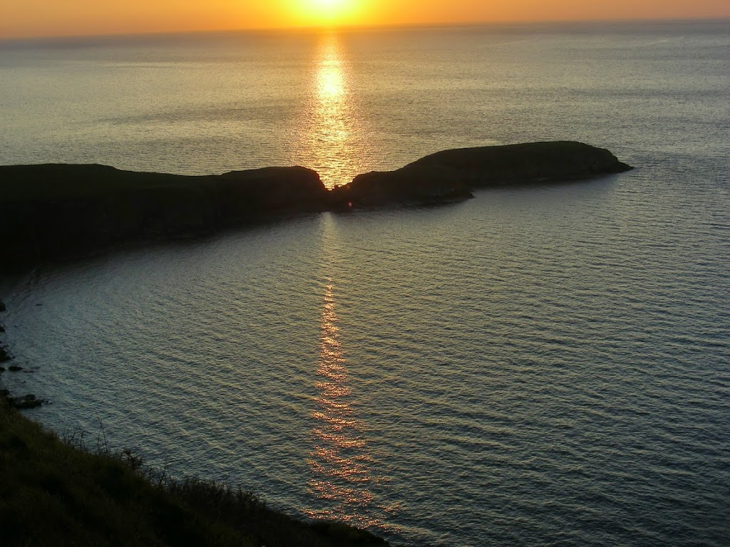 Ynys Lochtyn sunset